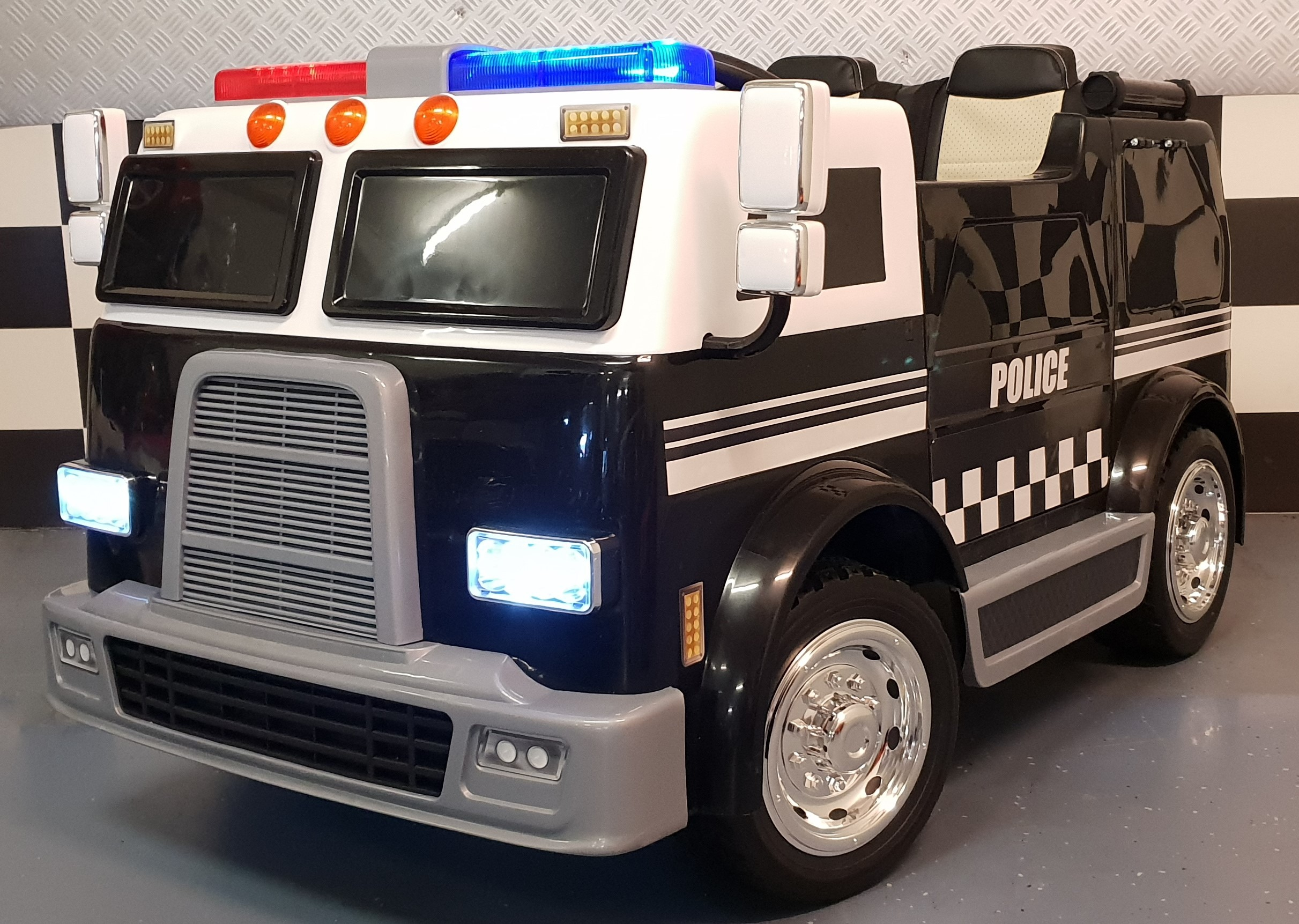politietruck elektrische politie kinderauto 12 volt met 2. Black Bedroom Furniture Sets. Home Design Ideas