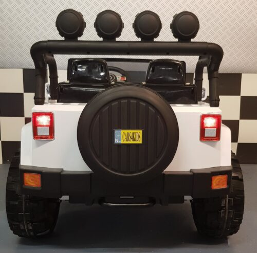 Kinderjeep wit 2 persoons 2x 12 volt accu 4WD
