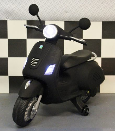 Mat zwarte Retro kinderscooter 12 volt