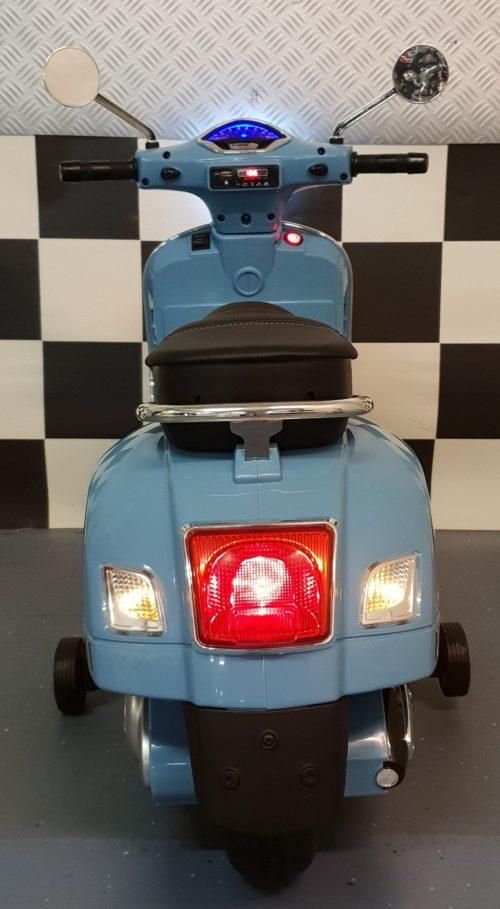 12 volt accu speelgoed scooter Vespa blauw