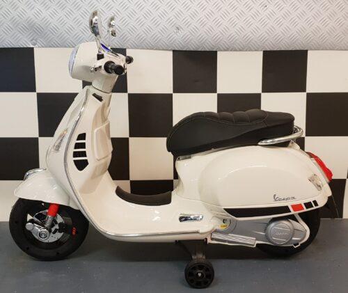 Vespa retro kinder accu scooter wit