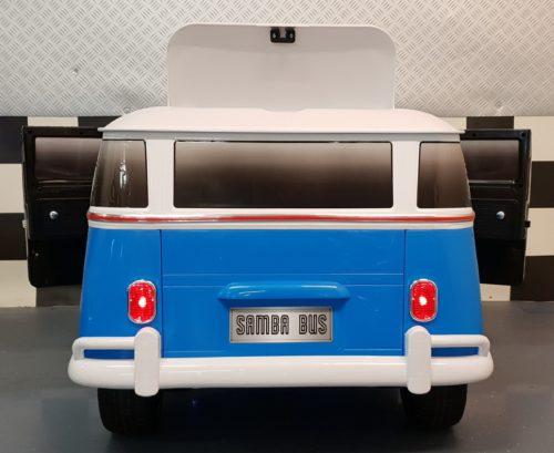 Blauwe Volkswagen Samba kinderbus elektrisch