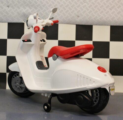 Elektrische kinderscooter retro 12V wit